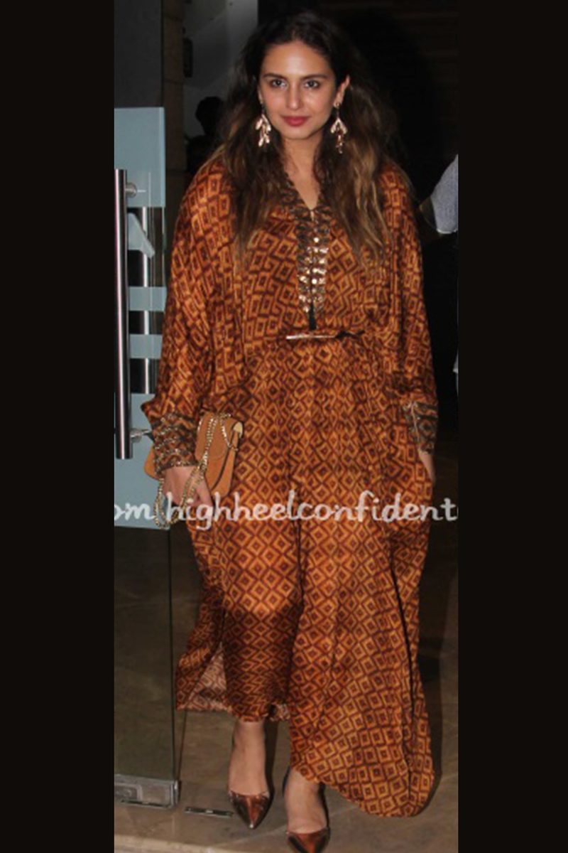 BEIGE-BROWN BASKET WEAVE PRINT PLEATED KAFTAN WITH EMBROIDERED BELT