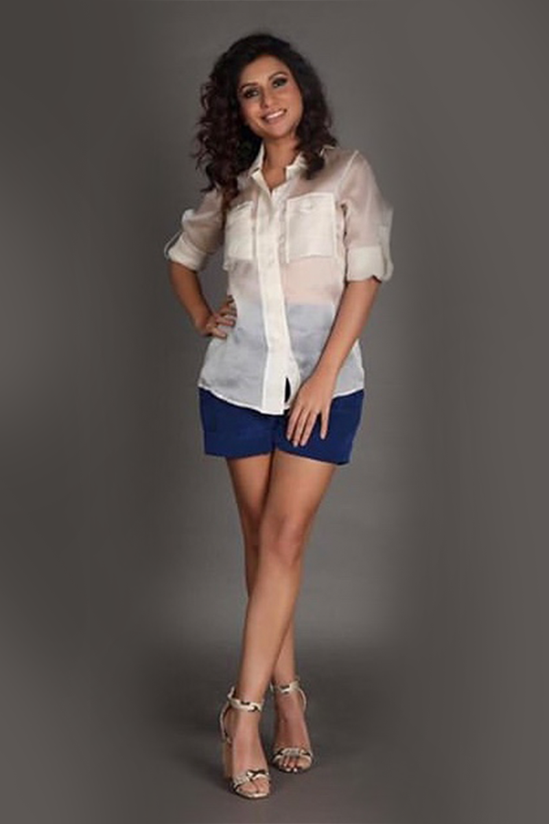 MALINI AGARWAL IN CREPE SILK SHORTS