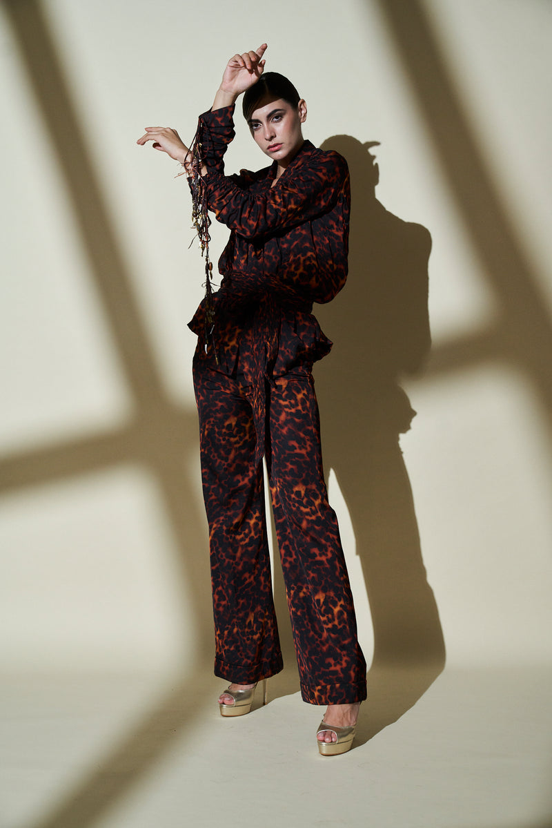 Illeana D'cruz In Stone Print Pant Suit With Gathered Sleeves & Belt