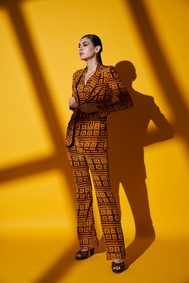 ORANGE-BROWN BASKET WEAVE PRINT PANT SUIT SET