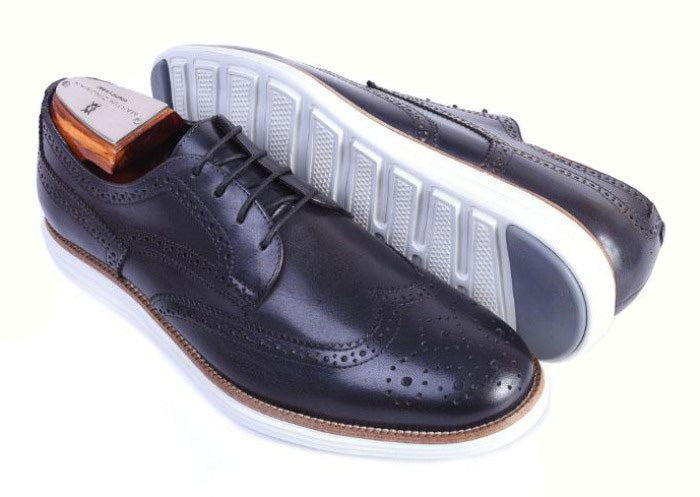 Countryaire Saddle Leather Wingtip Sport Lace-Up - Black