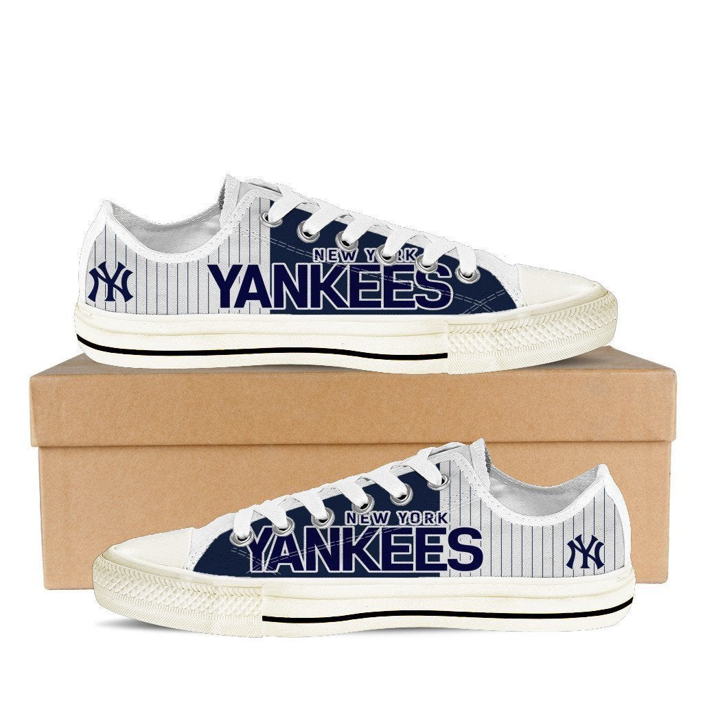 new york yankees mens low cut sneakers cut