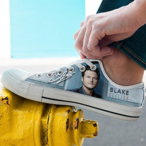 blake shelton mens low cut sneakers