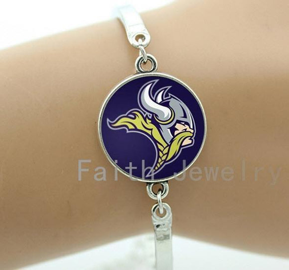 Minnesota Vikings Silver Ladies Bracelet FREE