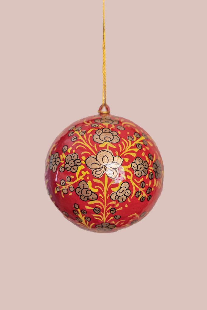 Red & Gold Clover Leaf Christmas Bauble