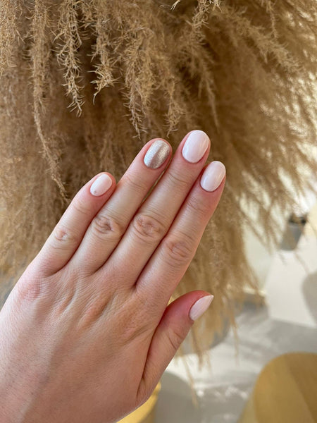 Babetown Vacation Nails Neutral