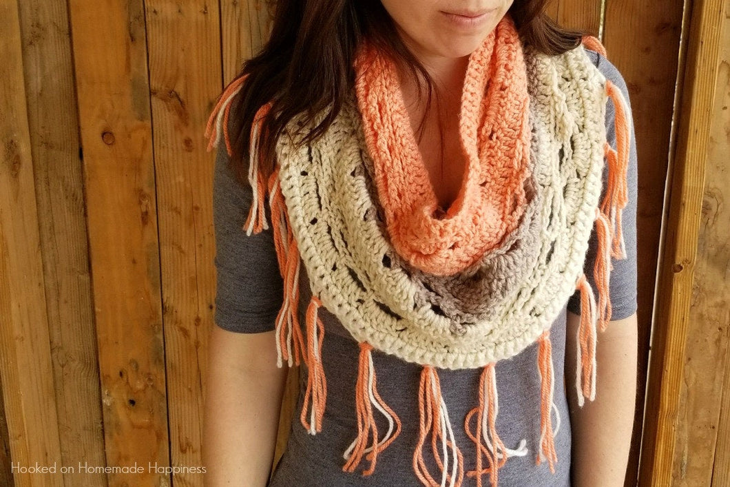 Just Peachy Crochet Cowl PATTERN