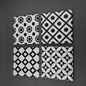 Set of 4 coasters | Black & white - Birdie's Nest Inc