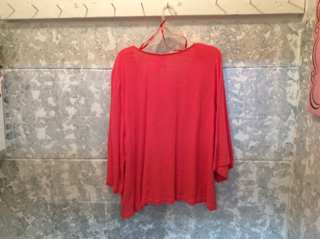 Size 2X-Large TOP