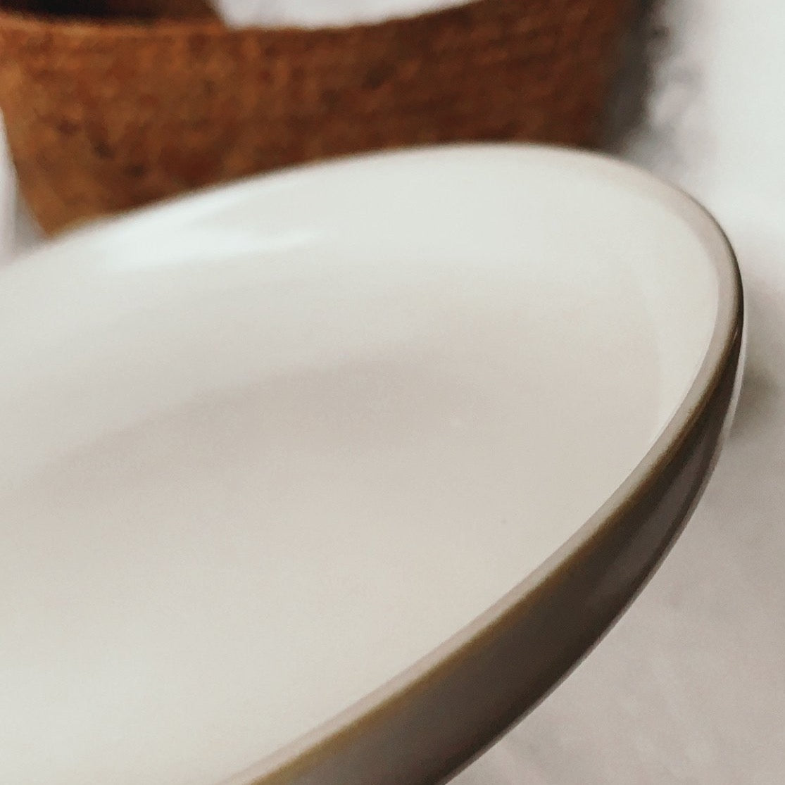 "Base II 7"" Serving Plate (Ivory)"