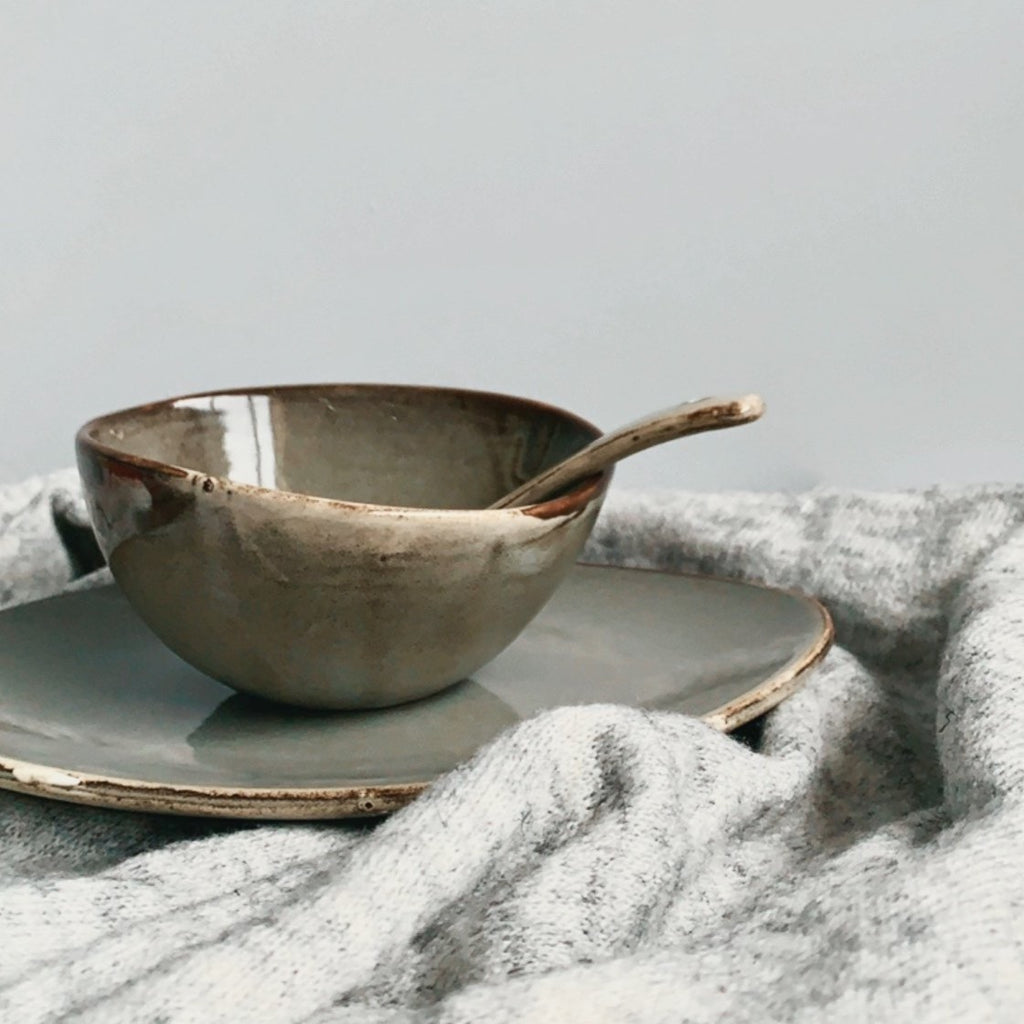 unique asymmetrical dinnerware set - serving plate, small rice bowl and soup spoon in grey