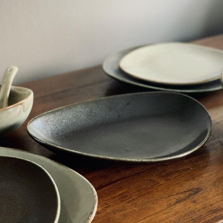 Natón Nordic Dinnerware Collection - Asymmetrical Fish Plate in Black