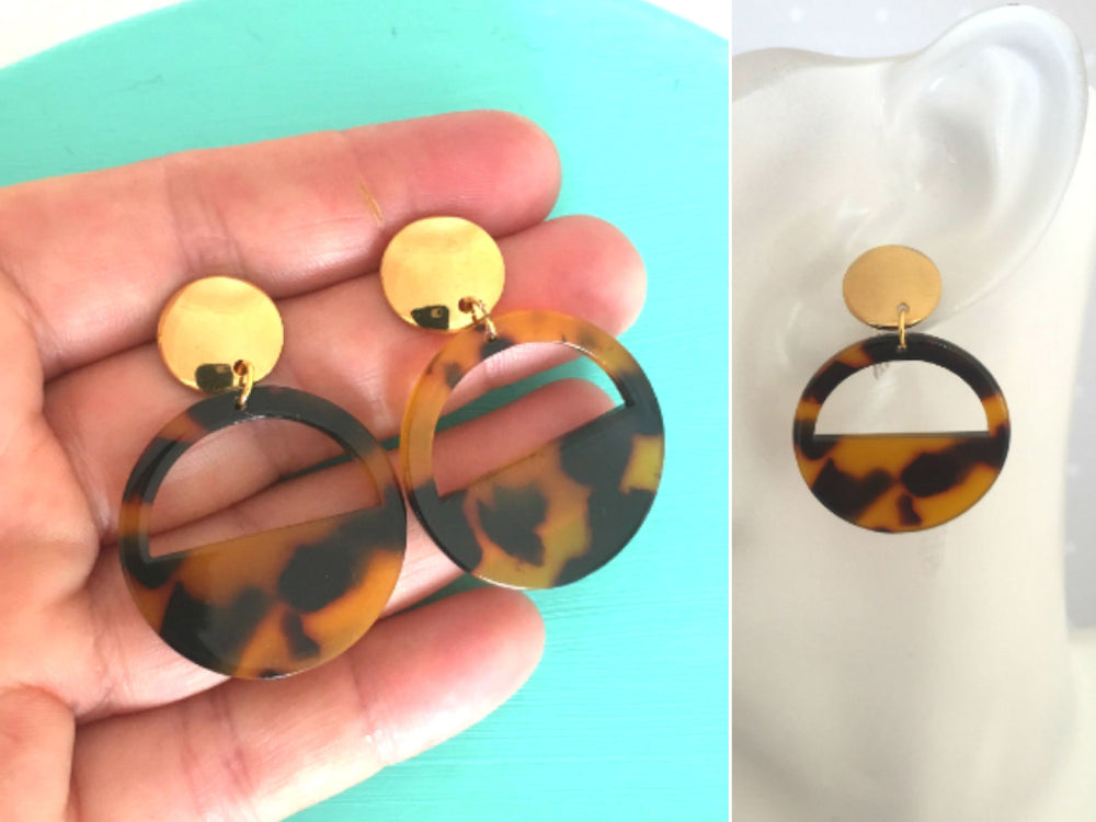 Tortoise Shell Hoop Earrings by Handmade Dezigns