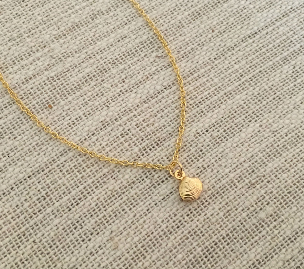 Tiny Gold Shell Choker by Handmade Dezigns