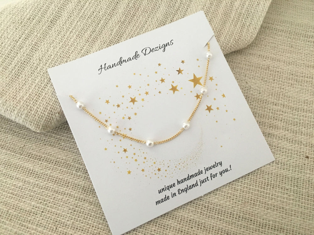 Dainty Pearl Necklace by Handmade Dezigns