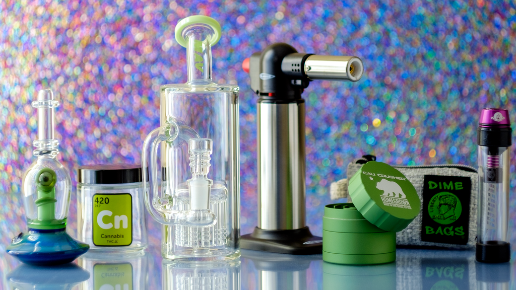 Why shop on our online headshop?