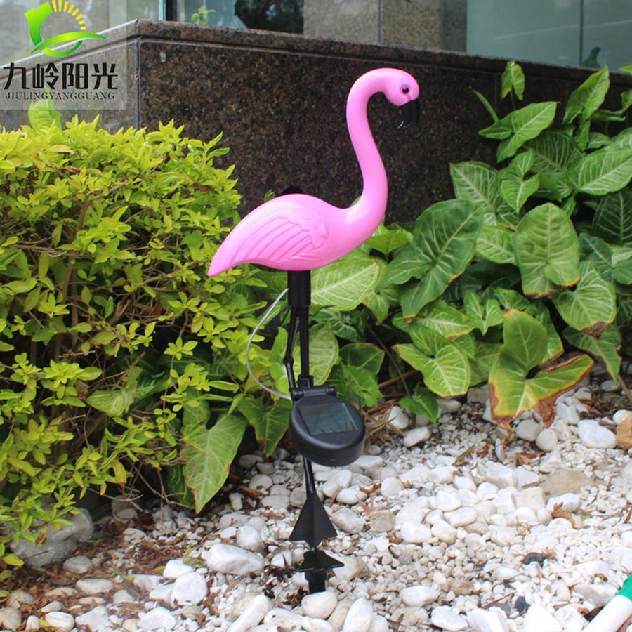 Solar Powered Flamingo Lawn Lamp