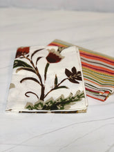 Load image into Gallery viewer, Set of 2 Fall Dish Towels