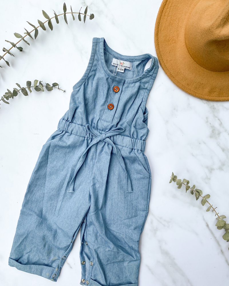 Ari Button Front Denim Jumpsuit - Light Wash