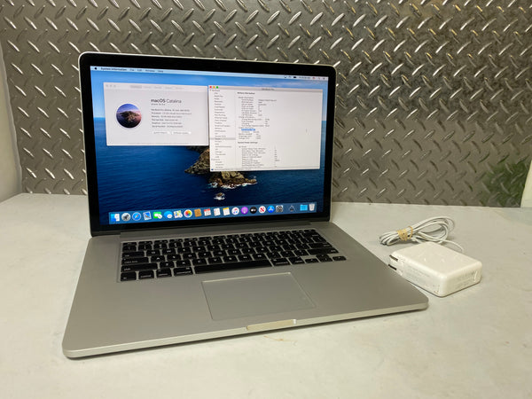 "Mid-2015 Apple Macbook Pro - 15"" - 512GB SSD - 16GB RAM - 2.5GHz i7"