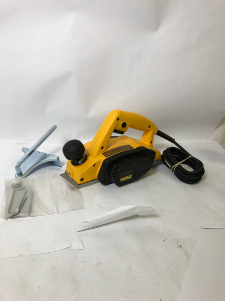 DeWalt Handheld Electric Planer DW680 w/ Accessories