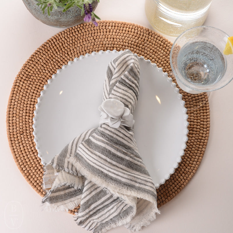 YOUNTVILLE NAPKIN SET OF 4