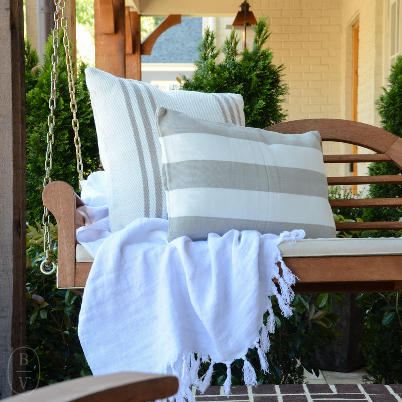 CAPE STRIPE INDOOR/OUTDOOR DECORATIVE PILLOW