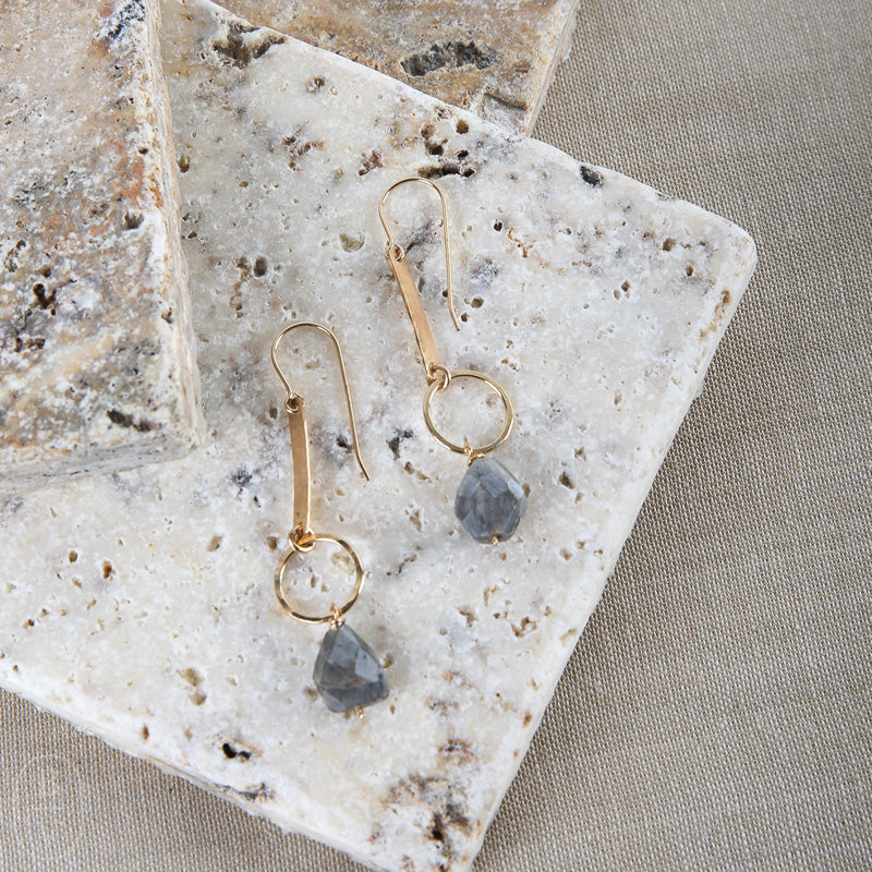 BAR STONE DANGLE E2208G EARRINGS
