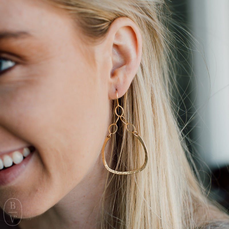 GOLD OBLONG HOOP E2129G EARRINGS