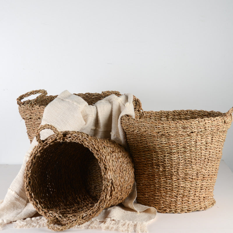 HANDWOVEN SEAGRASS BASKET WITH HANDLES