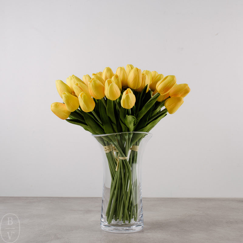 MINI TULIP BOUQUET WITH 12 STEMS