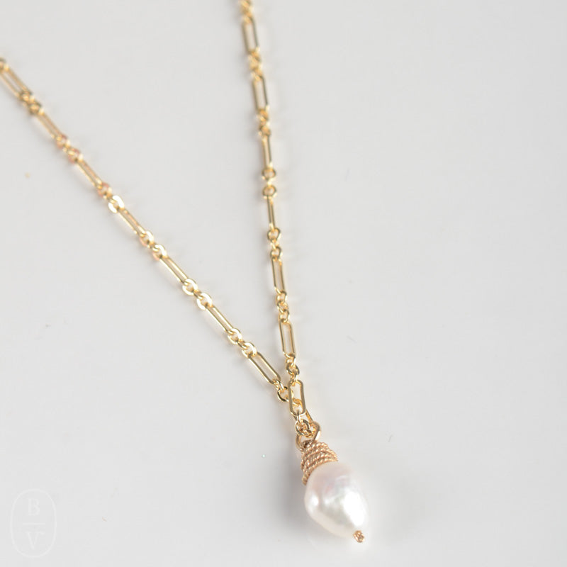 GOLD PEARL PENDANT NECKLACE - CN50855X