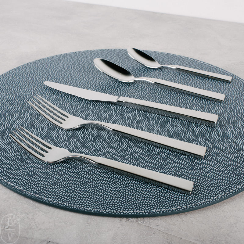 WOODSTOCK 5 PIECE FLATWARE SETTING