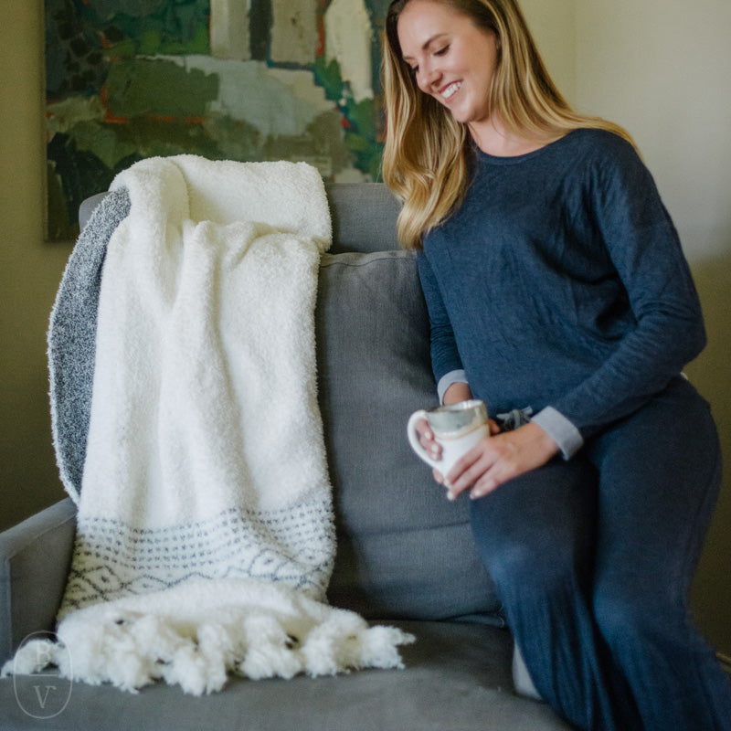 COZYCHIC LUXE CASA THROW BLANKET