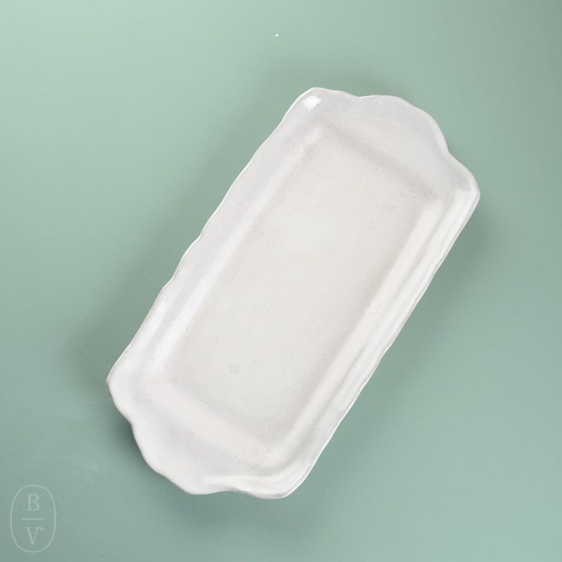 RECTANGLE TRAY WITH HANDLES