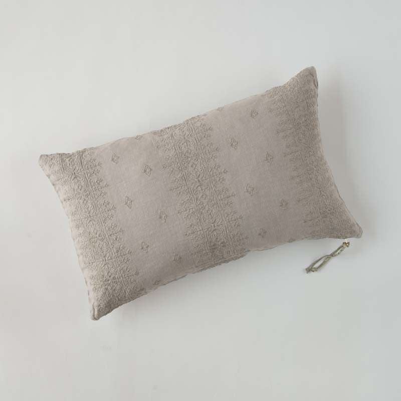 INES ACCENT PILLOW