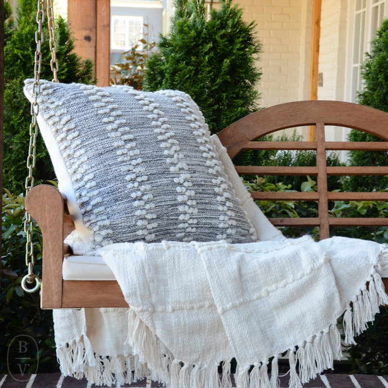 HOBNAIL STRIPE INDOOR/OUTDOOR DECORATIVE PILLOW