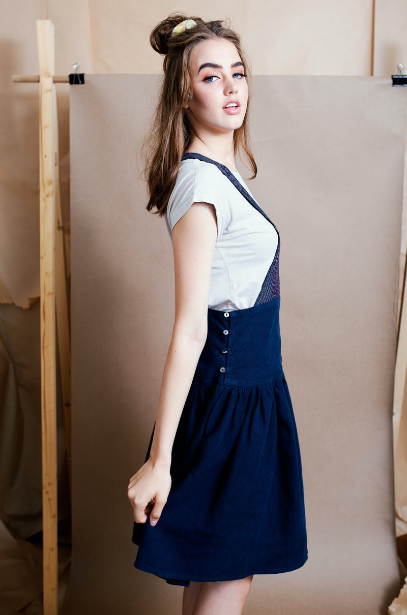 Knee length pure linen pinafore with side button opening