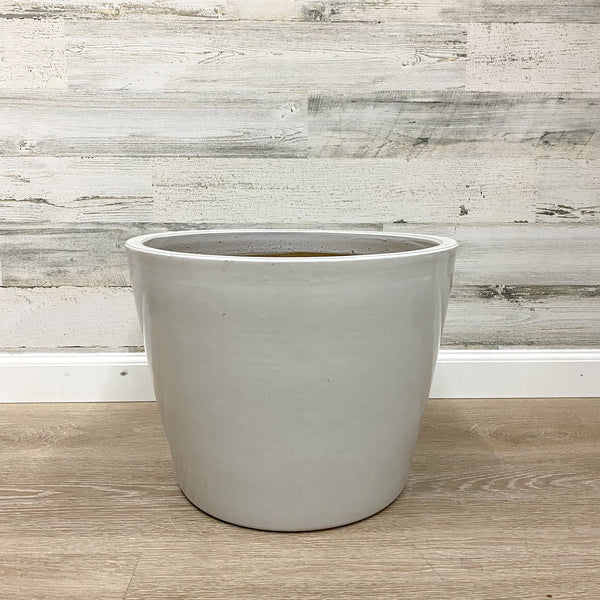 Distant Planter - White - 16-inches