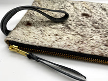 Load image into Gallery viewer, Cowhide Clutch Handbag | Dusk - el Mercado life