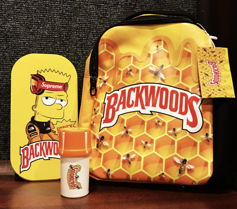1 Backwoods Medium Shoulder Backpack /Tray/Medtainer Set