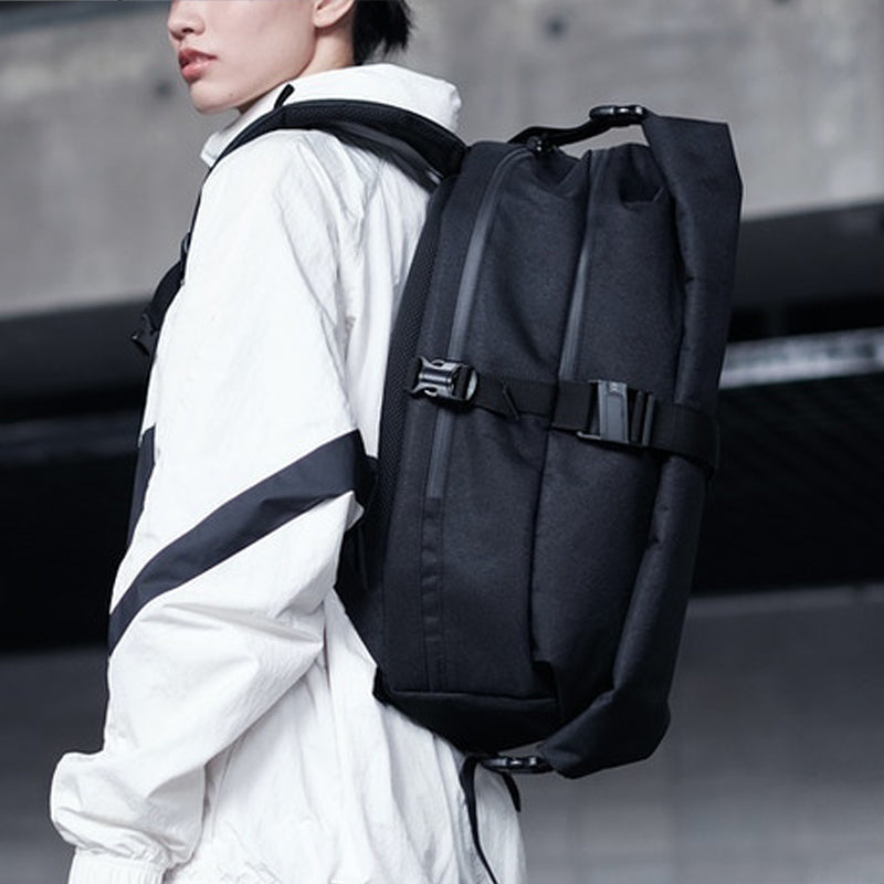 Expandable Roll-top Backpack