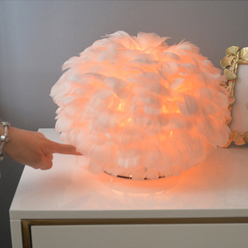 Touchable Feather Lamp
