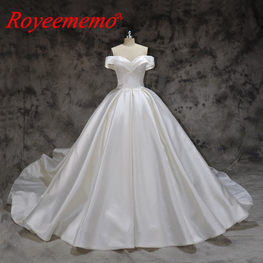 new design satin wedding dress off the shoulder short sleeves wedding gown custom made factory wholesale price bridal dress