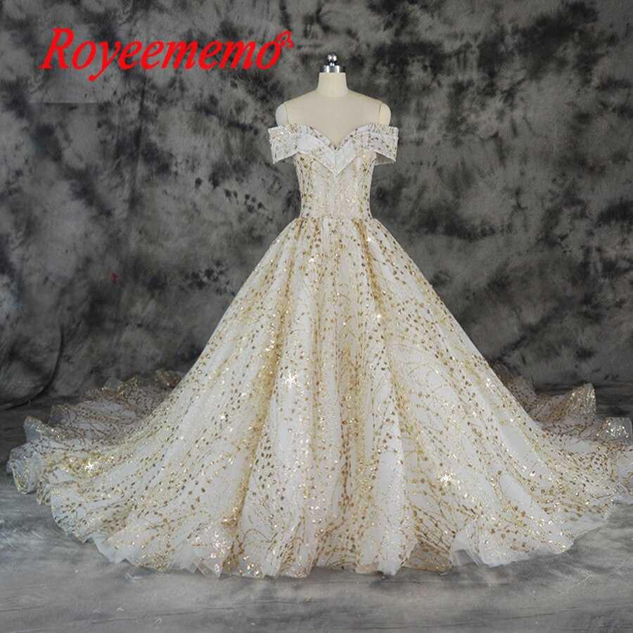 2018 off the shoulder sleeve Ball Gown luxury glitter special golden lace and ivory wedding dress custom made bridal dress