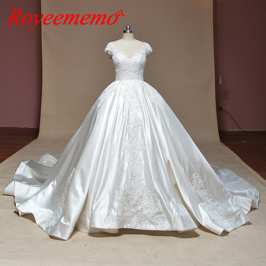 2019 new design satin Ball Gown wedding dress full beading bridal dress special lace cap sleeve wedding gown factory directly