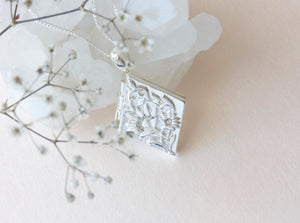 Forget Me Not Locket - Silver