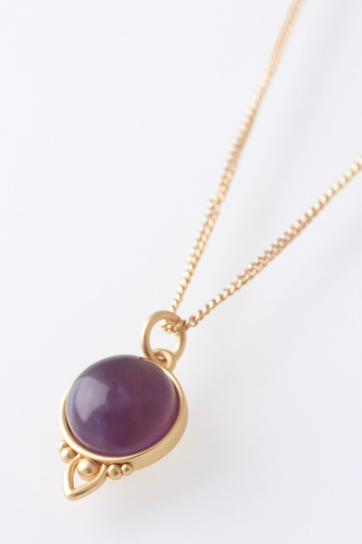 Gold Healing Gemstone Necklace - Amethyst