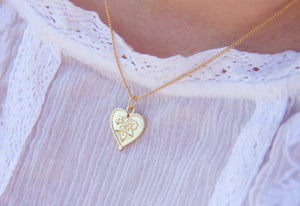 Love Heart Romantic  Pendant Necklace in Gold