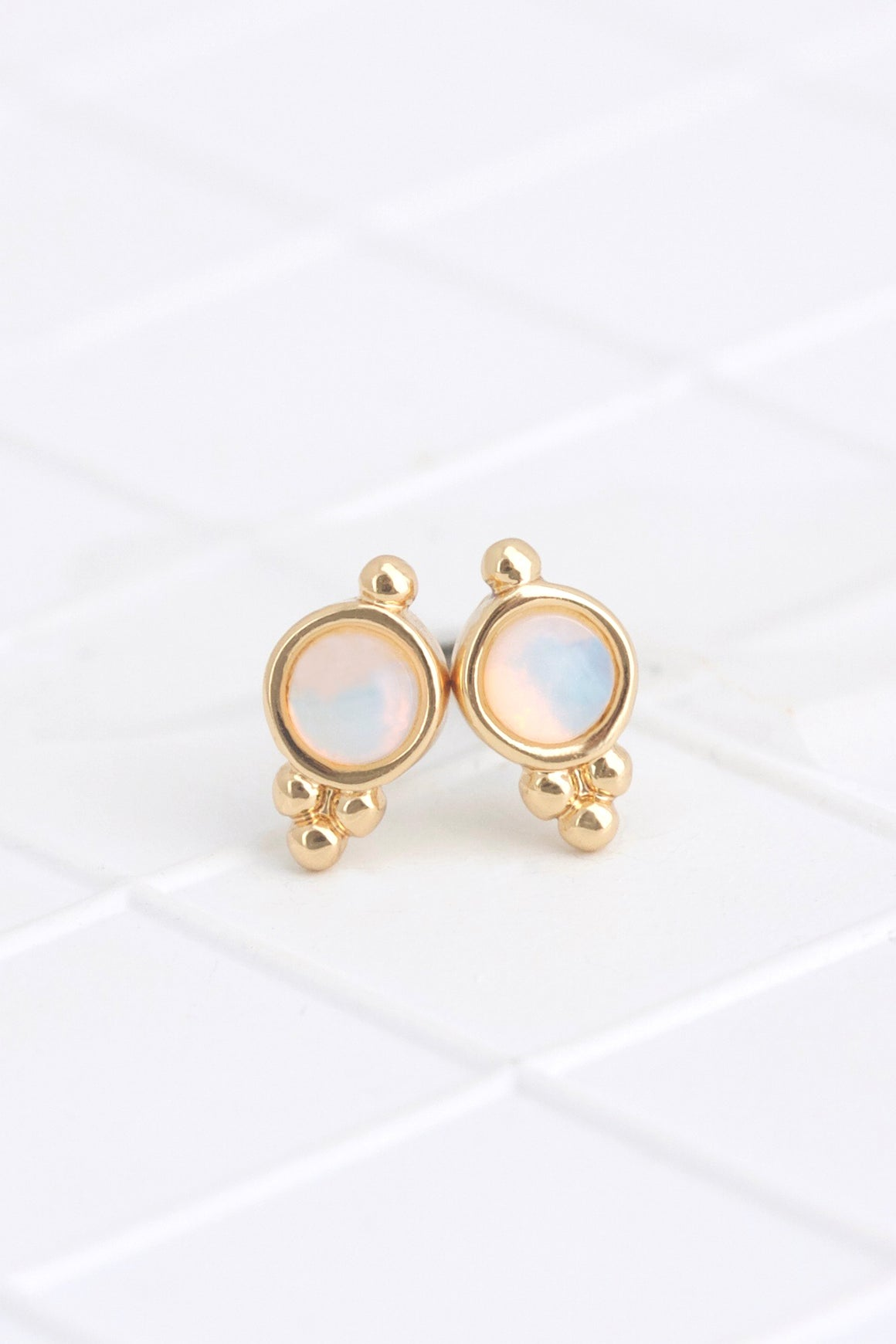 Birthstone Studs October/Opal